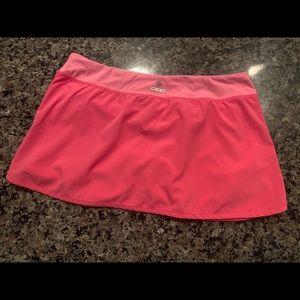 LULULEMON Wet Dry Warm Skirt/Skort Lined.